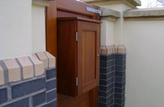 Hardwood Gates Belfast 13