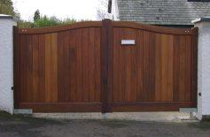 Hardwood Gates Belfast 15