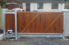 Hardwood Gates Belfast 22