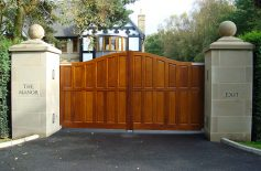The-Manor.-kensington Driveway Gates Belfast