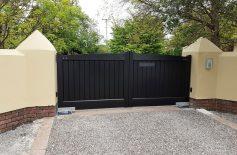 Wooden Gates Belfast 3