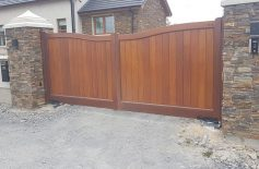 Wooden Gates Belfast 4